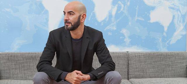 """Giuseppe Restano racconta """"Loghi"""""""