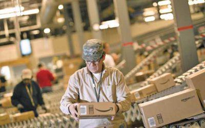 Braccialetto elettronico e automazione: l'inutile polemica contro Amazon