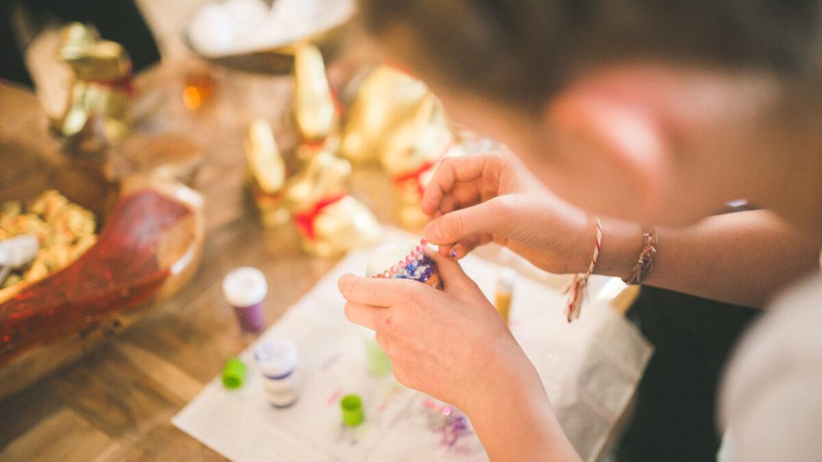 Idee lavoro artigianale: reinventarsi con creatività nell'handmade.