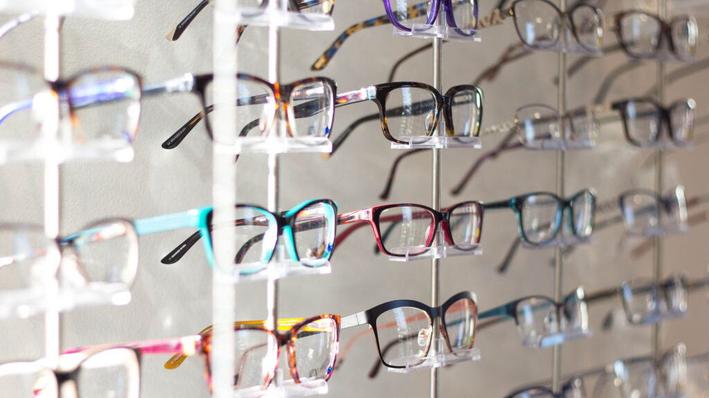 modelli di occhiali da vista più trendy