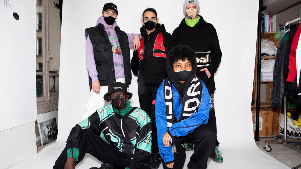 Abiti di Andrea Crews: streetwear sartoriale hi tech