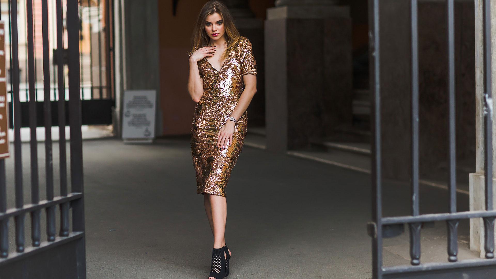 Vestiti con paillettes: i migliori outfit per far brillare il tuo stile
