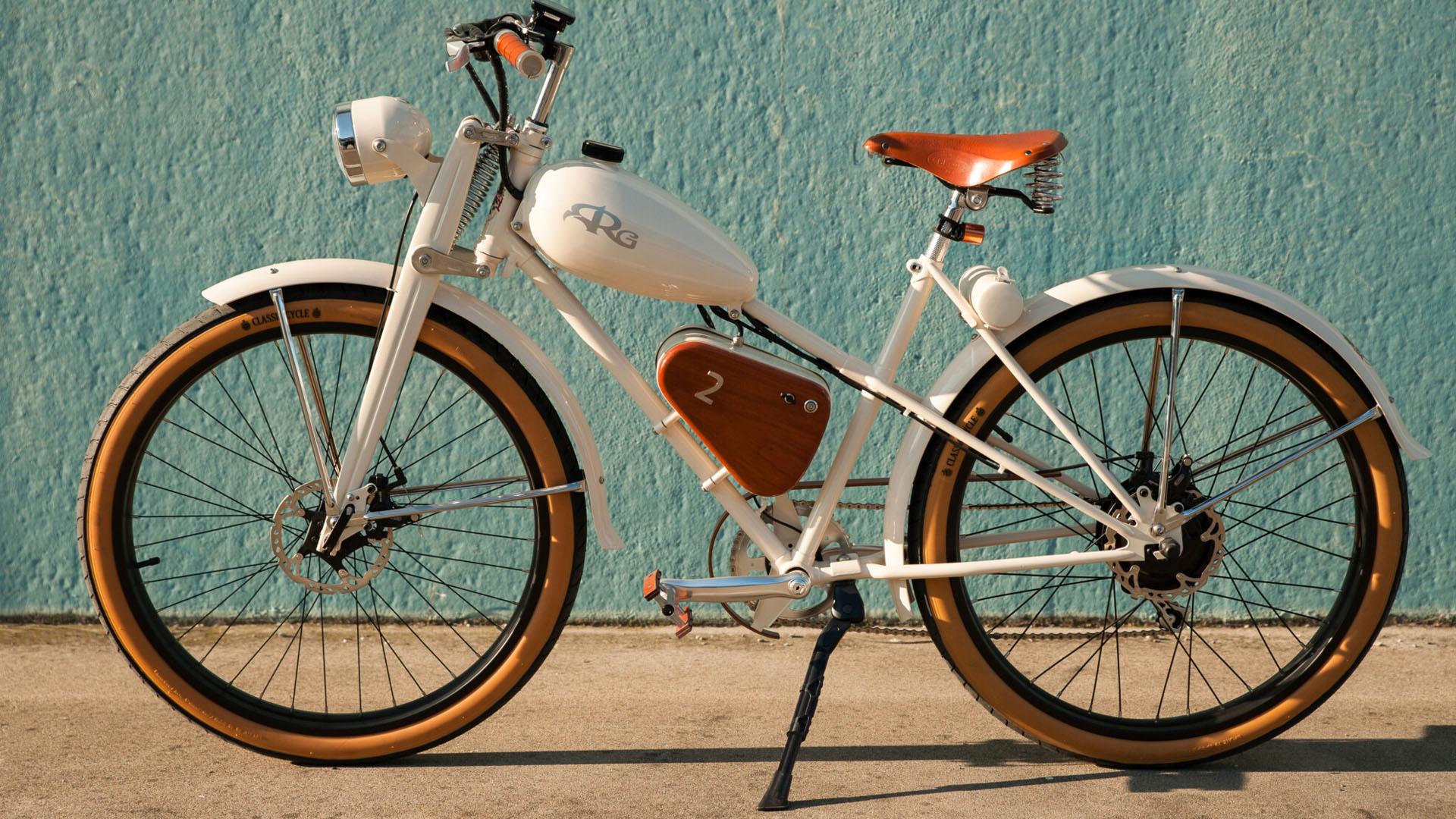 E-Bike Vintage: moto anni 50' trasformate in biciclette