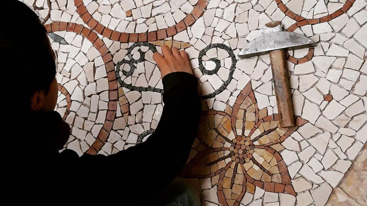 Il mosaico artistico: una tecnica antica dal fascino straordinario