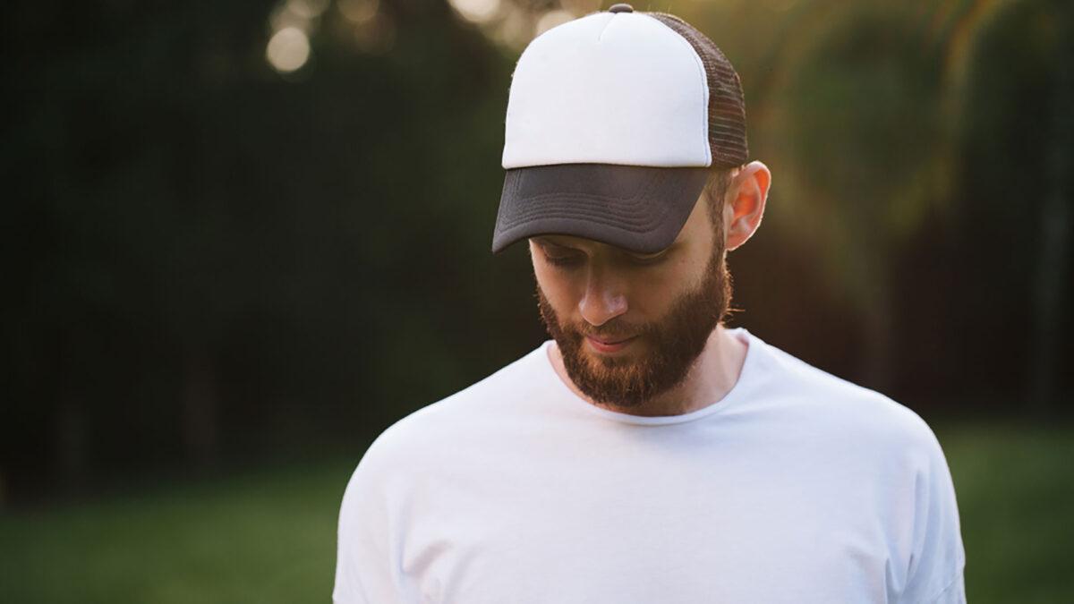 Cerchi un cappello da uomo sportivo? Ecco i migliori per un look sempre di tendenza