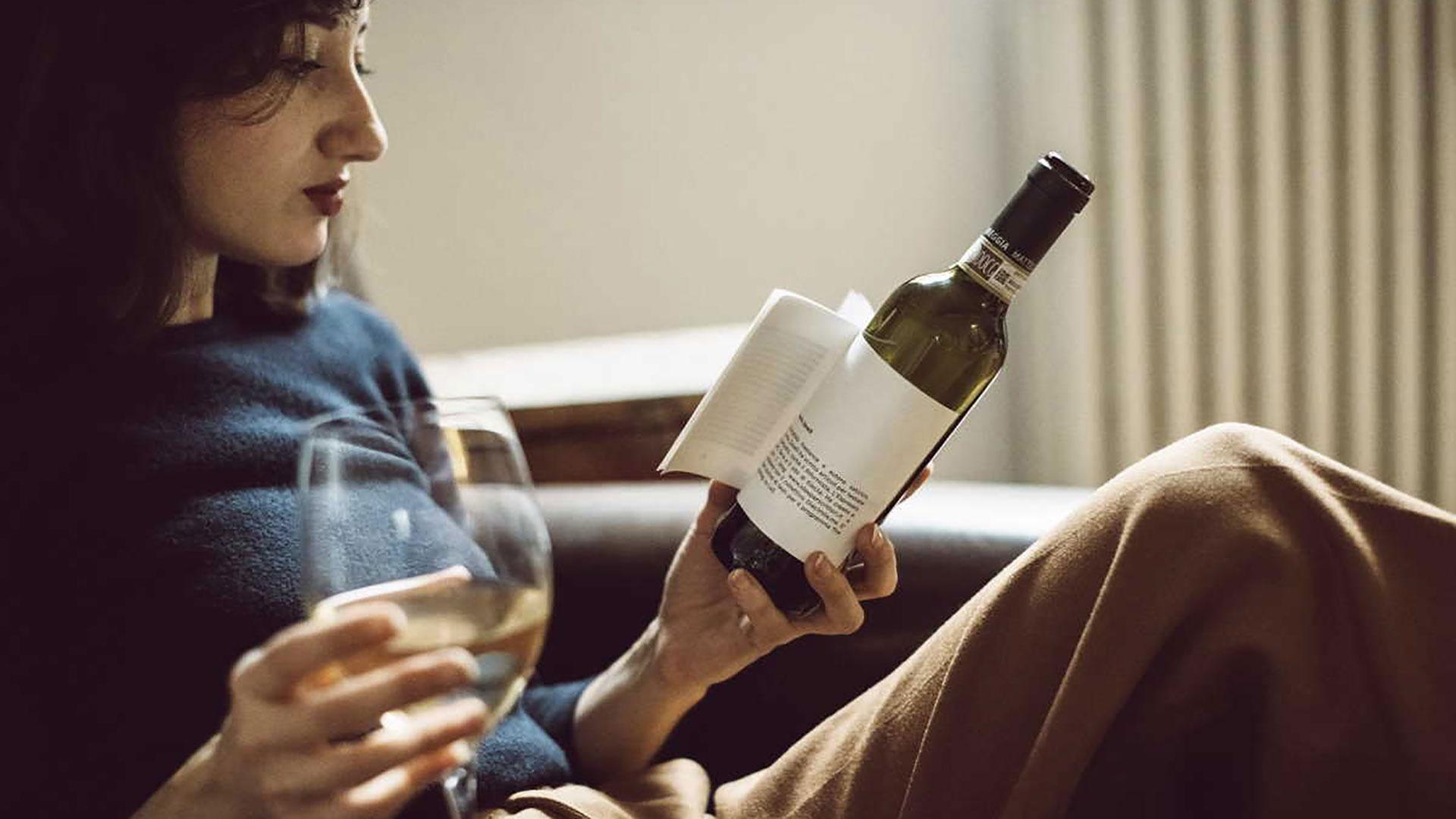 Librottiglia: quando il libro è incorporato nell'etichetta del vino