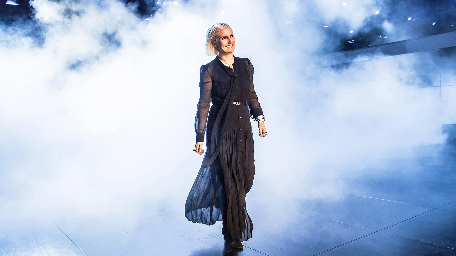 Dior Cruise 2022 Atene: il peplo sporty della maison fa rivivere il mito greco