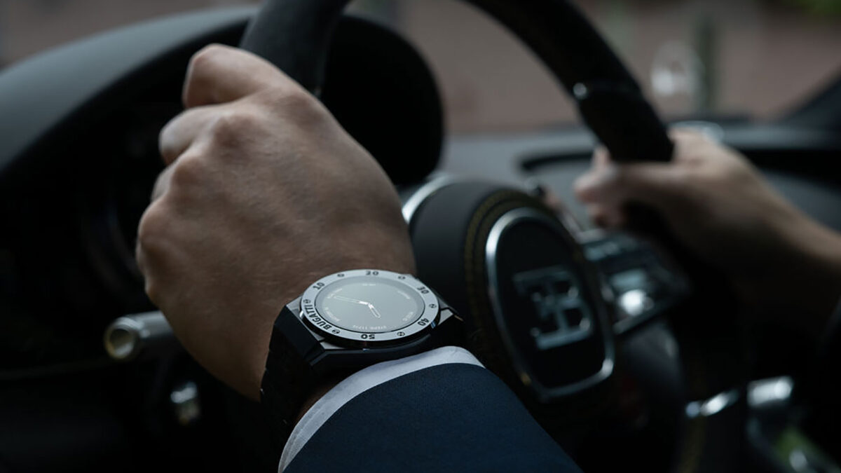 Scopri il primo Smartwatch di lusso firmato Bugatti