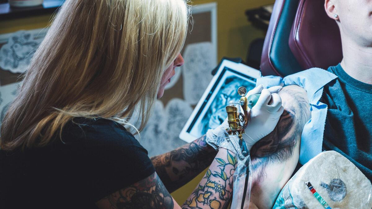 Tatuaggi a distanza 5g e non solo grazie alla tua connessione veloce