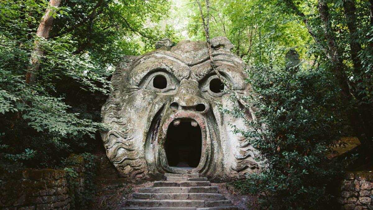 Viaggio nel sacro bosco di Bomarzo, il magico parco dei mostri