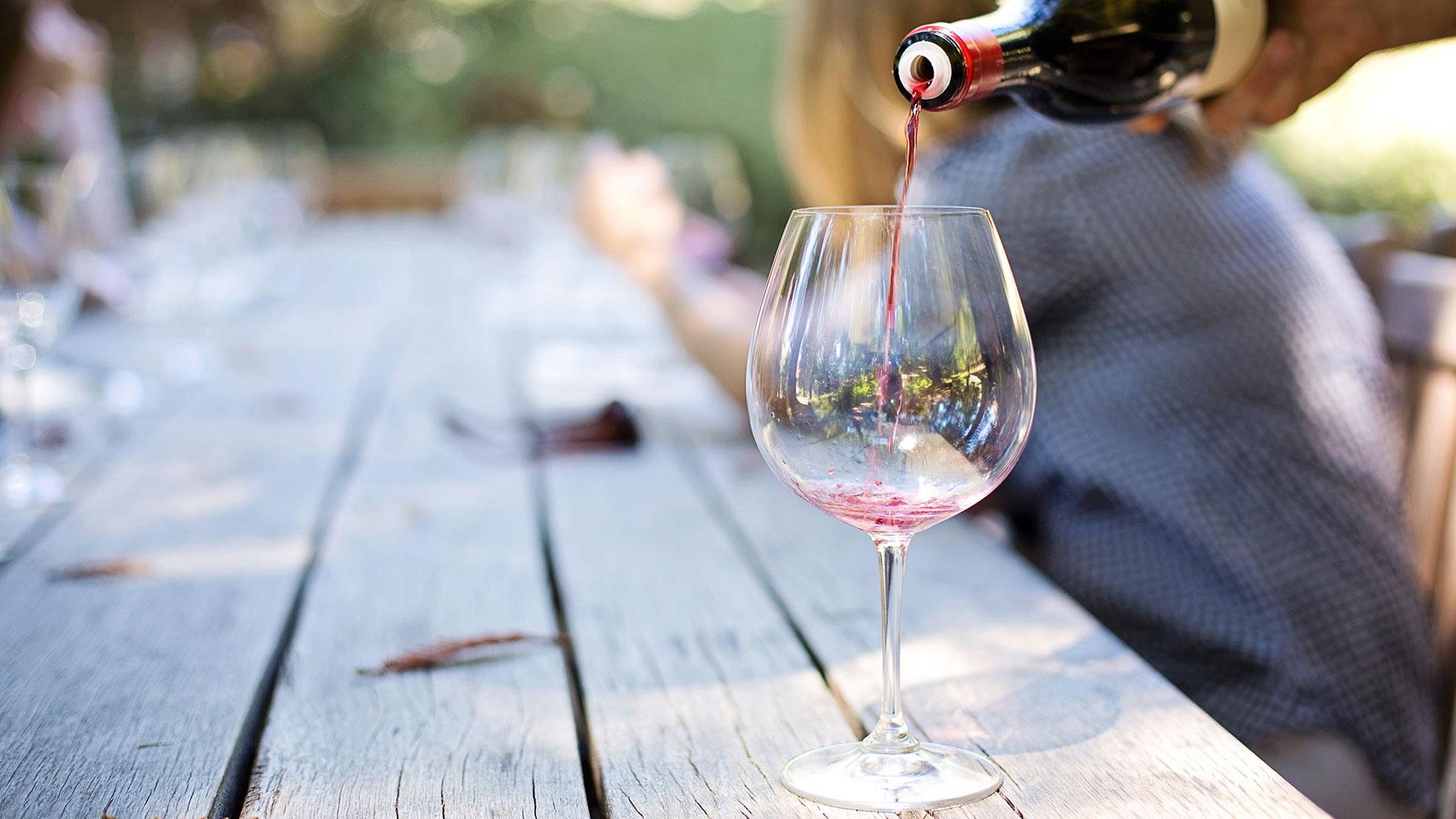 chi beve il vino dealcolato
