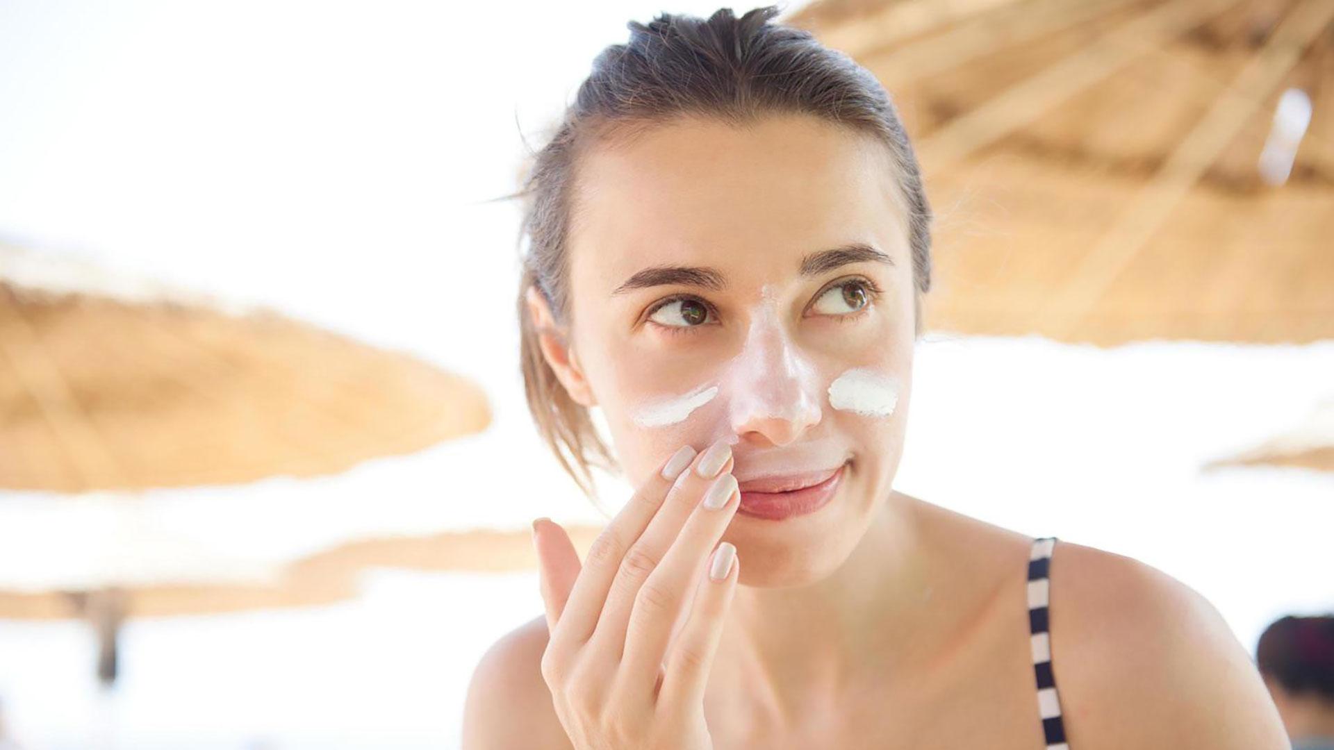 Abitudini che possono danneggiare la pelle