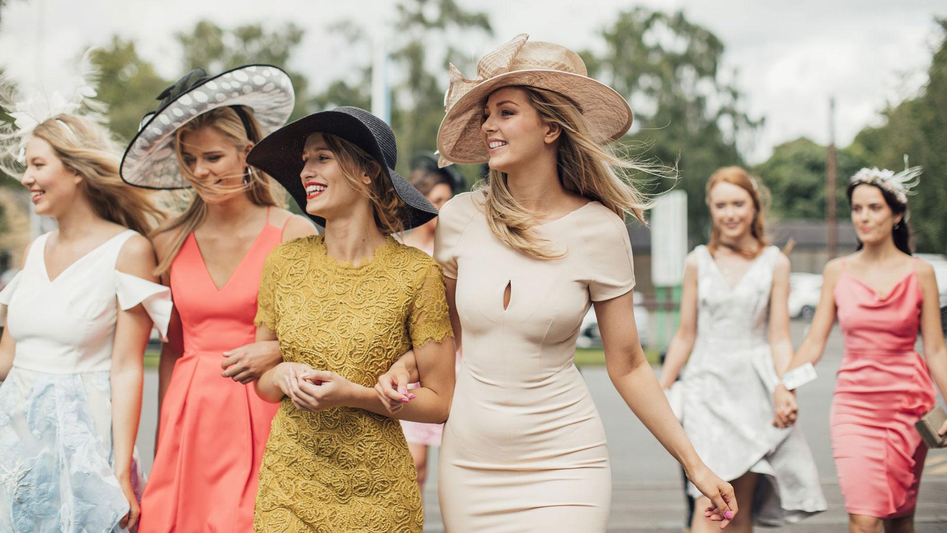 Outfit per un matrimonio estivo: ecco cosa indossare e cosa evitare