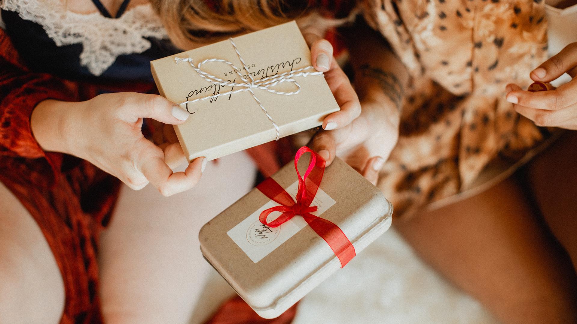 Come presentare un buono regalo in modo sorprendente
